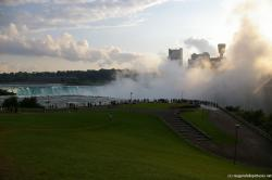 Terrapin Point Niagara Falls with Mist Rising from Horseshoe Falls.jpg