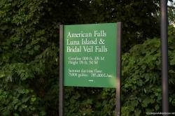 American Falls Luna Island and Bridal Veil Falls sign at Niagara Falls.jpg